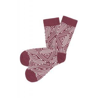Chaussettes tricotées coton bio couleur rouge rhubarbe