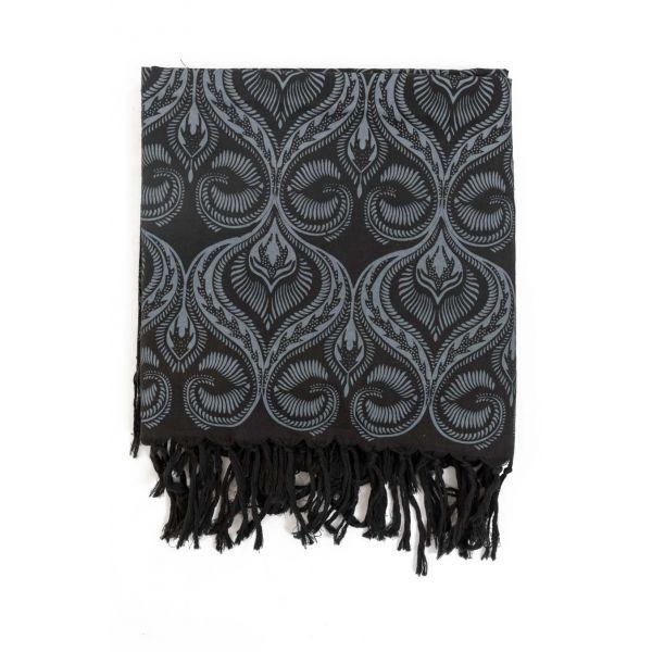 b36349b14ea Foulard boheme noir et gris · Foulard avec imprimé vintage